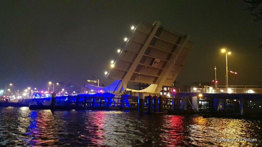 Zaanse Bruggen worden in vaarseizoen lokaal bediend