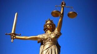 Schutters Zaans Medisch Centrum voor de rechter, slachtoffer zes keer geraakt