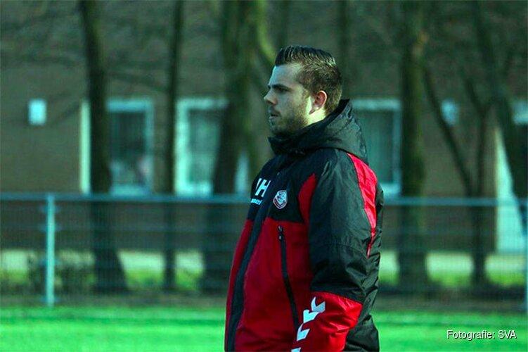 Hoofdtrainer Joeri Houniet ook komend seizoen aan het roer bij SVA