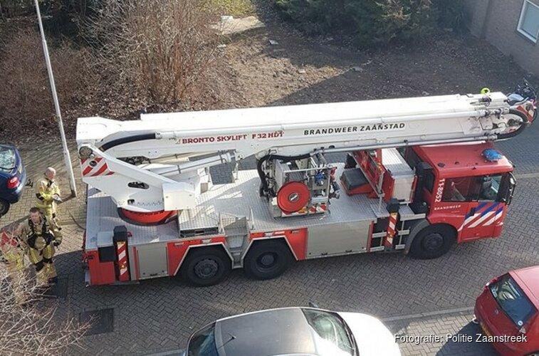 """Brandweer hijst gewonde af na ruzie in woning Zaandam: """"Bloed vloeide rijkelijk"""""""