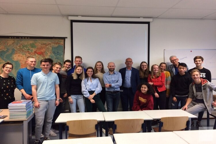 Scholieren St. Michaëlcollege presenteren hun visie op Zaanstad 2040