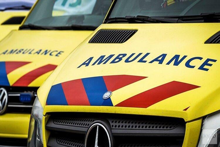 Twee gewonden bij ongeval tussen brommer en fiets