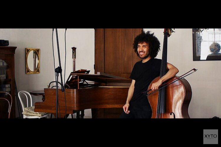 Concert prominent contrabassist James Oesi bij Klassiek aan de Zaanbocht