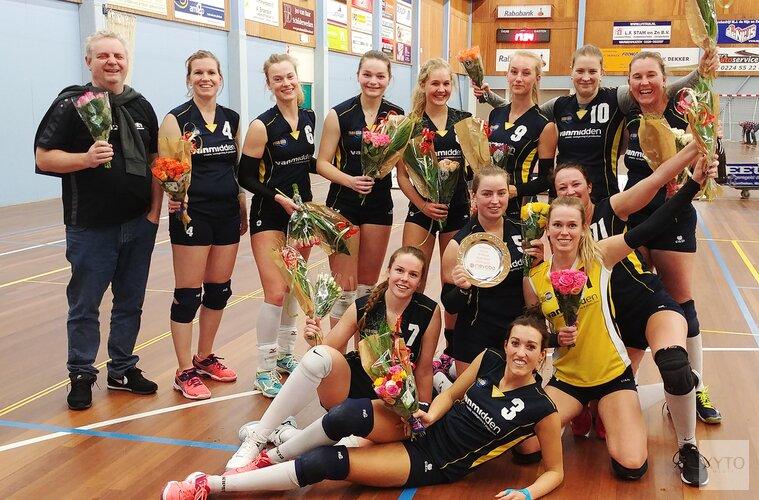 Zaanstad dames-2 kampioen in derde divisie!