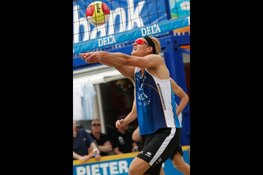 Beachvolleyballer Mees Blom 'Back to School' in Zaanstad
