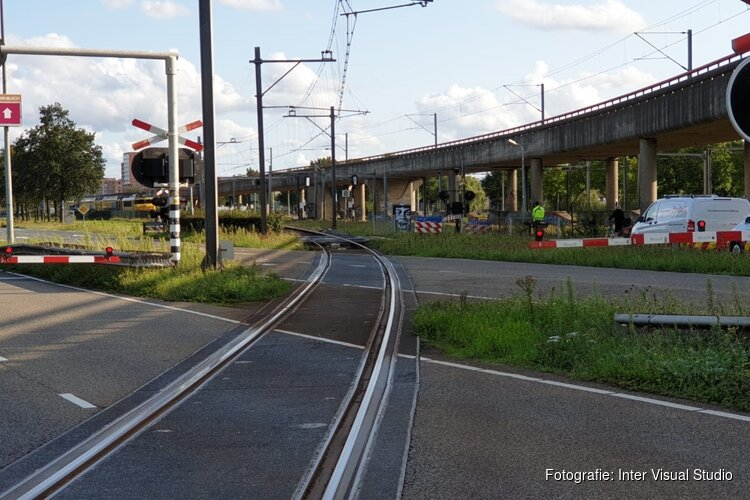 Spoorbomenstoring in Zaandam
