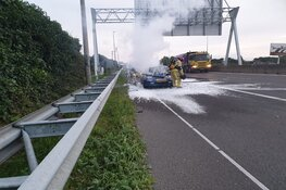 Auto in brand op A7