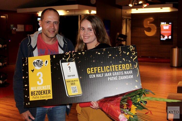 Feestelijke ontvangst 3.000.000e bezoeker van Pathé Zaandam