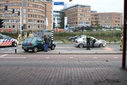 Aanrijding in Zaandam: twee auto's total loss