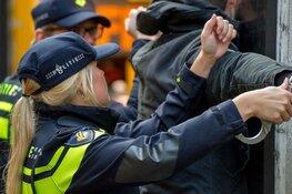 Dronken bestuurder mishandelt voor tweede keer een Zaanse agent bij aanhouding