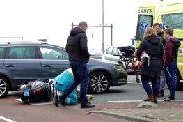 Vrouw op scooter aangereden in Wormerveer