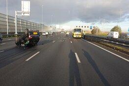 Half uur vertraging op A8 bij Zaandam door ongeluk