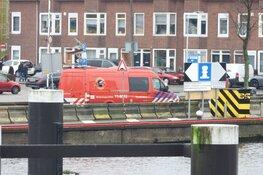 Persoon uit water gehaald in Zaandam
