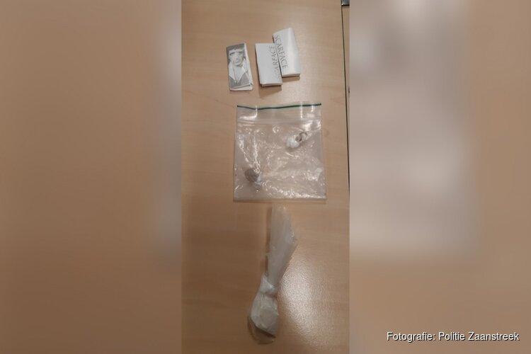 Amsterdamse 'broer' van hulpofficier rijdt zonder rijbewijs én met harddrugs op zak