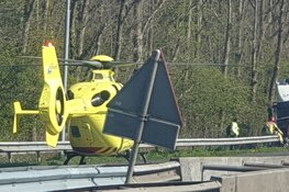 A8 afgesloten vanwege ravage na ongeval