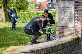 Dodenherdenking door burgemeester van Zaanstad Jan Hamming