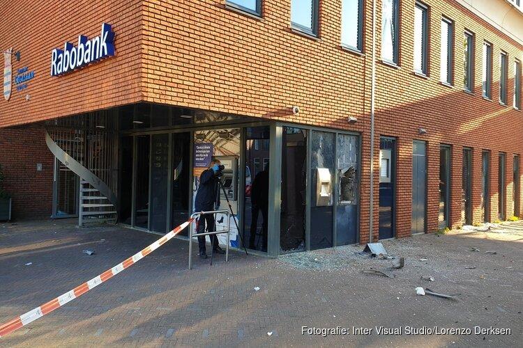 Getuigen plofkraak Oostzaan gezocht