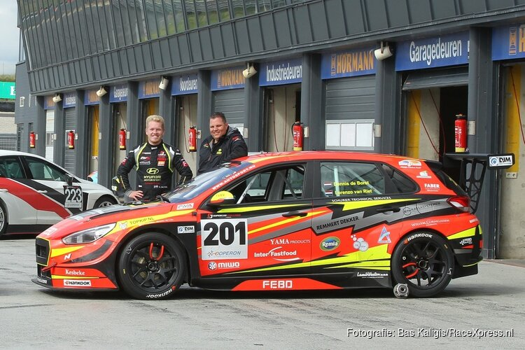 Dennis de Borst en Lorenzo van Riet, een meedogenloos duo in de Supercar Challenge