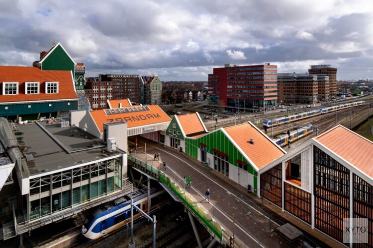 Openstelling fietspad de Slinger en fietsenstalling bij station Zaandam
