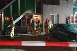 Zwaar explosief afgegaan bij portiekflat Zaandam