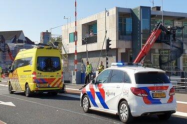 Gevaarlijke situatie op Wilhelminabrug Zaandam: alweer fietsster gewond