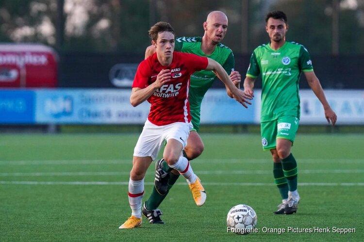 Jong AZ verslaat De Graafschap in doelpuntenshow