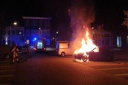 Auto in brand op parkeerplaats Zaandam
