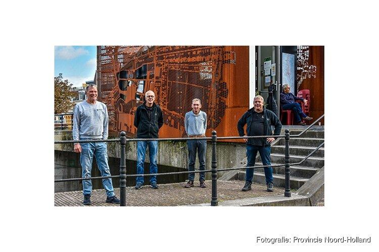 Vrijwilligers Historische Groote Sluis in Zaandam in zonnetje gezet