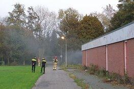 Brand in slooppand aan Sportlaan
