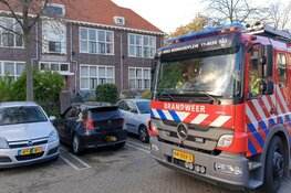 Auto in brand gestoken op klaarlichte dag in Zaandam