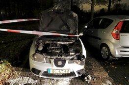 Auto door brand verwoest op Waterschotspad