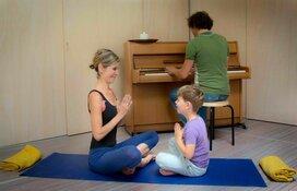 Ouder & kind yoga met live pianomuziek