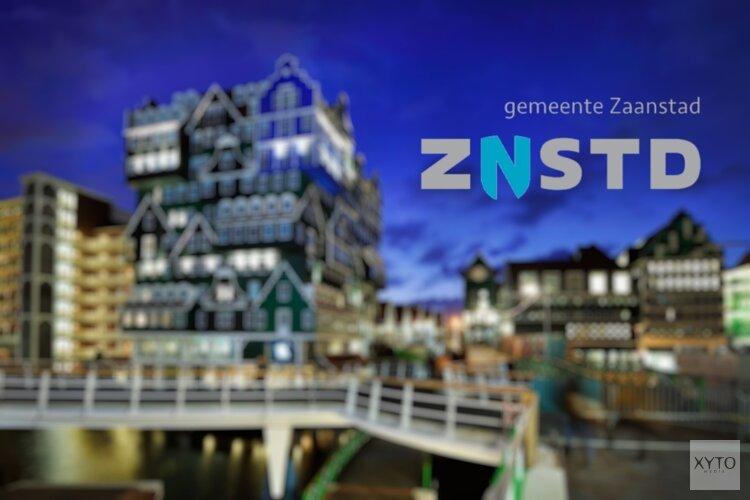 Schapen trekken door de stad Zaandam