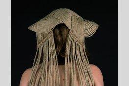 Mode en Textiel-expo bij Artzaanstad; Amateurkunst geïnspireerd op Zaanse klederdracht