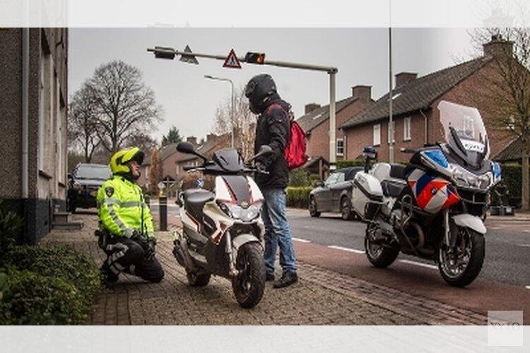 Vijf Jongeren aangehouden voor diefstal scooters