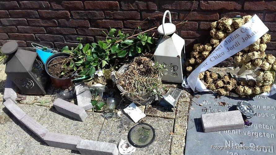 Gedenkplek doodgestoken Nick Bood in Zaandam geruïneerd