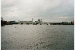 Controle Rijkswaterstaat na achterstallig onderhoud Coenbruggen