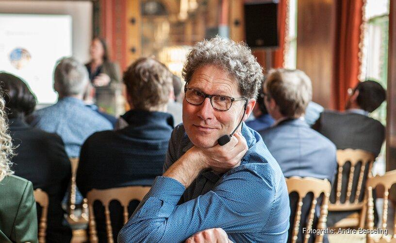 Improvisatiekoning Besseling naar Zaandam