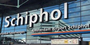 Recorddrukte op Schiphol deze zomer: 220.000 passagiers per dag