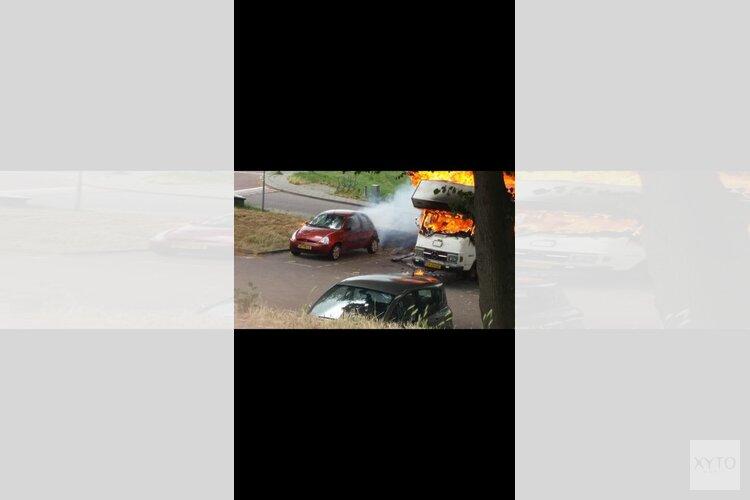 Camper brandt uit in Westzaan