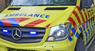 Scooter in botsing met brandweer: twee gewonden