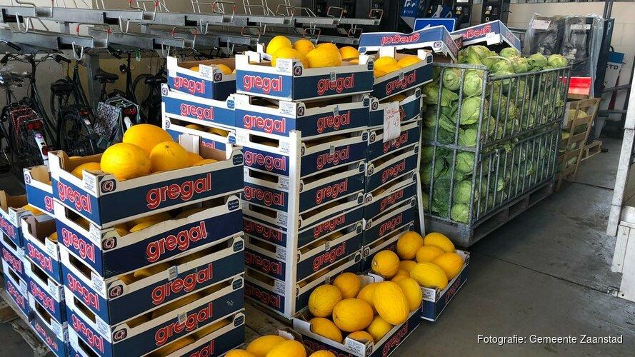 In beslag genomen meloenen en kool naar Voedselbank